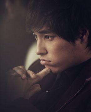 Модный актер Лань Чжэнлун