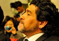 Диего Марадона занимается благотворительностью в Пекине3