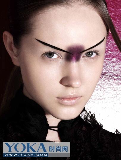 Стильный макияж от китайской студии «Дун Тянь»