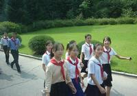 Класс имени Мао Цзэдуна в Первой средней школе Восточного Пхеньяна