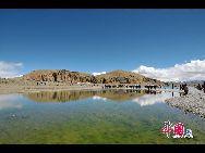 Намцо в переводе с тибетского языка означает «небесное озеро». Вместе с озерами Мапанъюнцо и Янчжоюнцо их называют тремя святыми озерами Тибета.