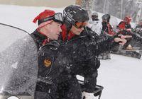 Д. Медведев и В. Путин в 'Красной Поляне' покатались на лыжах