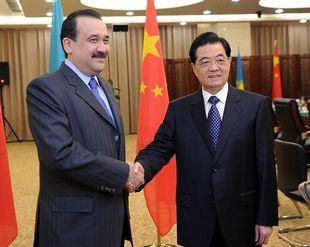 Председатель КНР Ху Цзиньтао встретился с премьер-министром Казахстана Каримом Масимовым