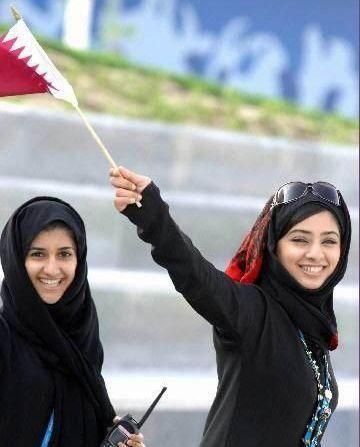 На фото красивые арабские девушки на