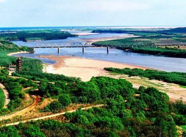 Пейзажный район Фанчуань, откуда открываются виды с трех стран