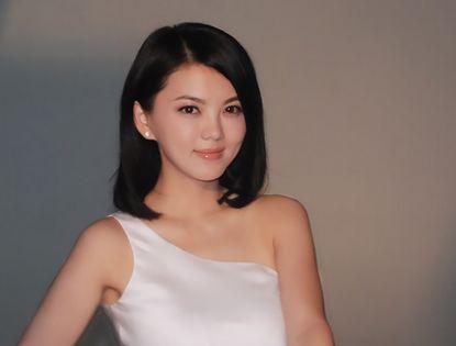 Красивая актриса Ли Сян