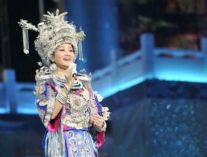 Сун Цзуин на музыкальном концерте в Гуанчжоу
