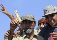 Последний день Каддафи и золотой пистолет