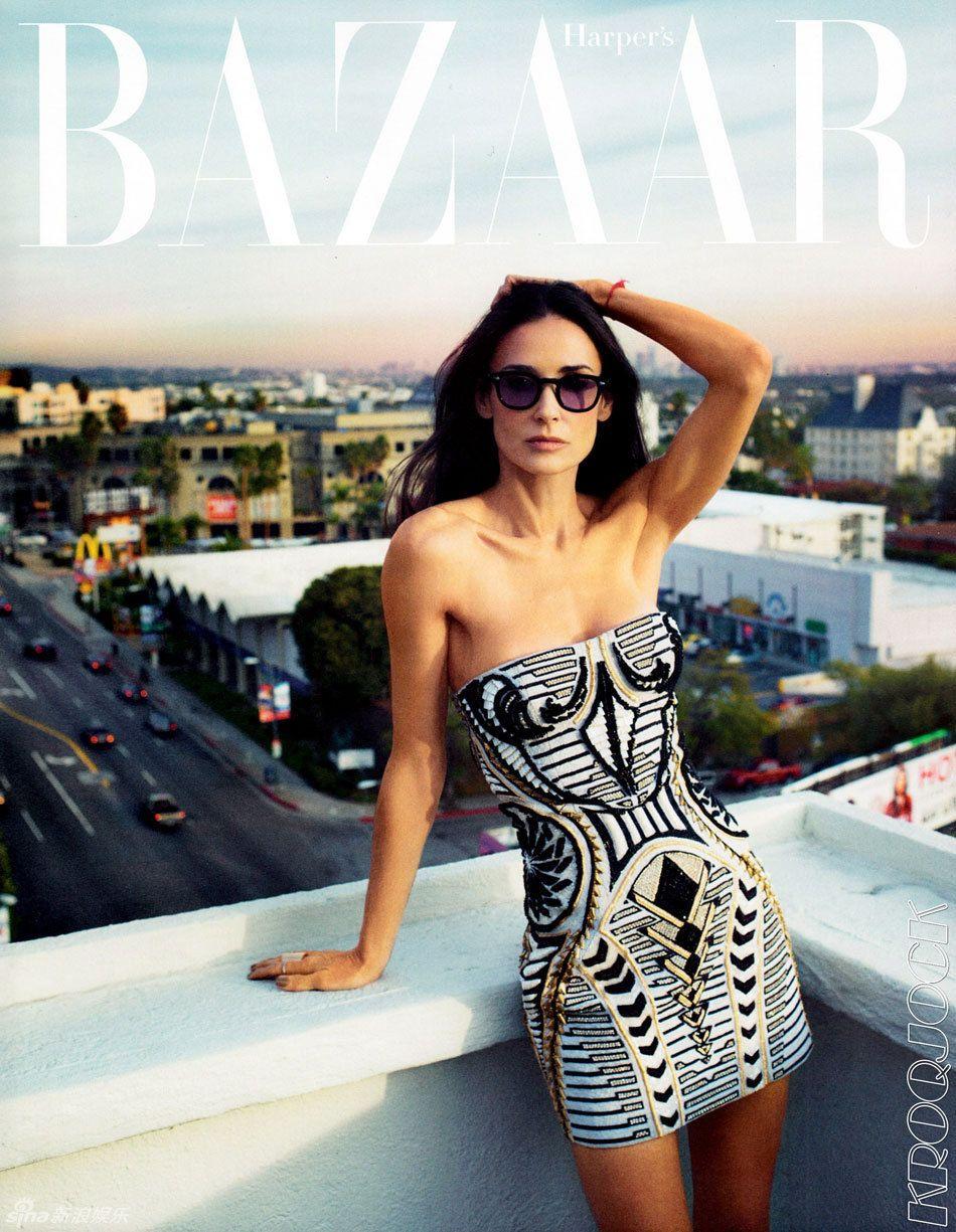 49-летняя Деми Мур на обложке журнала «Harpers Bazaar» американской версии