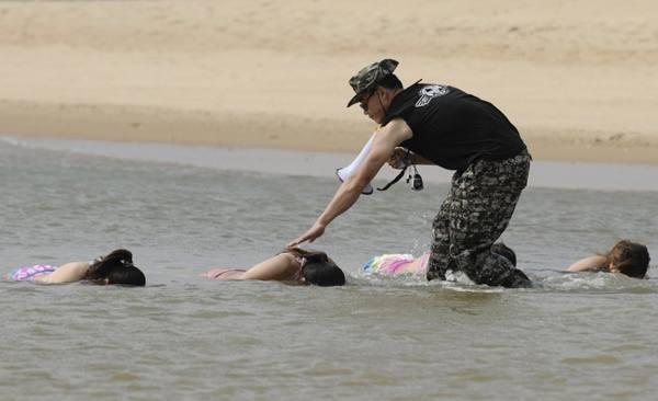 Тренировки китайских женщин-телохранителей