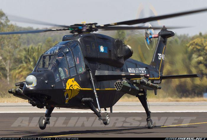 ВМС Индии намерены приобрести 65 боевых вертолетов «LCH»