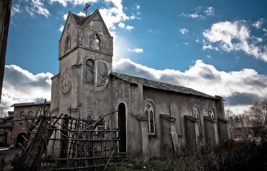 «Дьявольский поселок» манит туристов