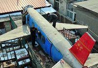 58-летний китайский крестьянин сделал самолет из металлолома