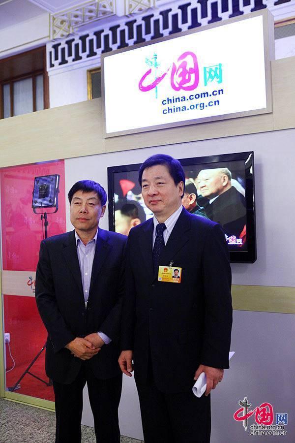Начальник Управления издательства литературы на иностранных языках КНР посетил студию веб-сайта «Чжунгован» в Доме народных собраний