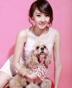Красотка Лю Ян на обложке модного журнала
