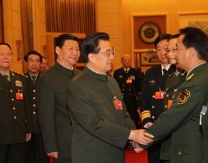 Ху Цзиньтао подчеркнул важность участия НОАК в защите социальной стабильности