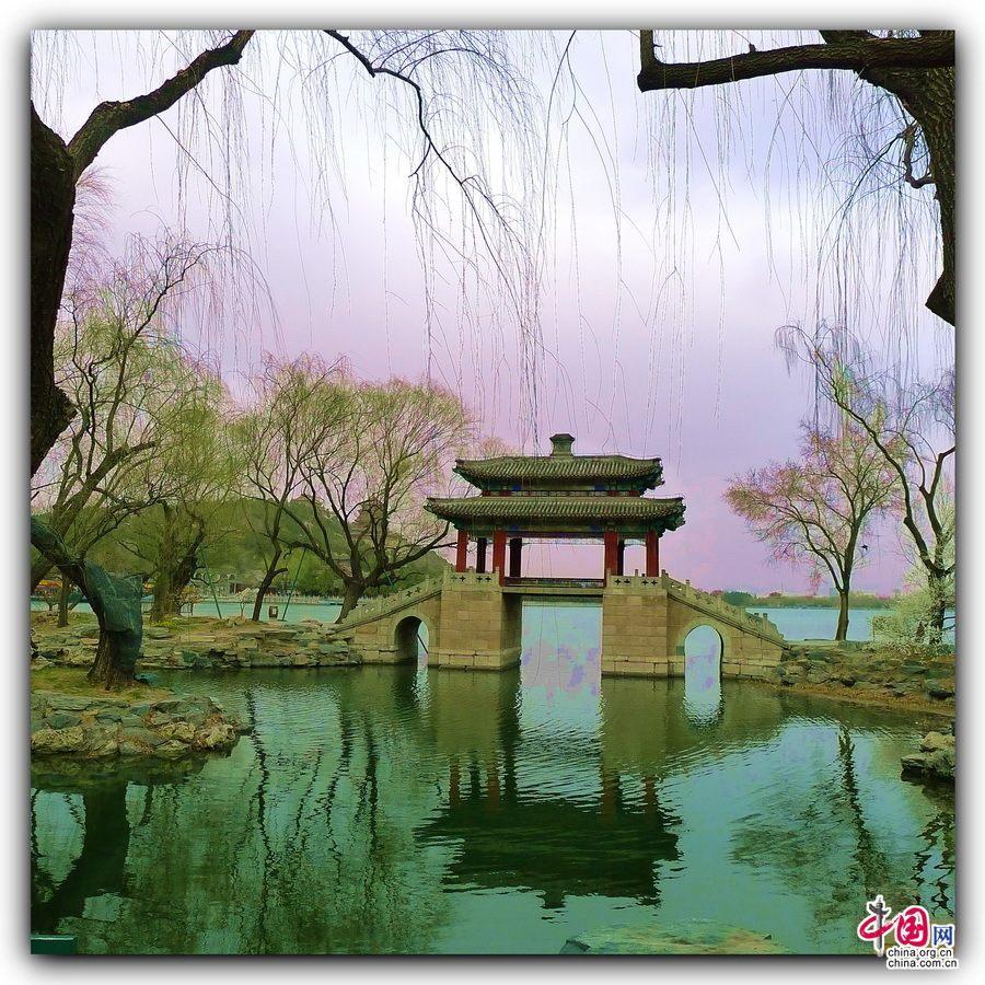 Чарующий весенний императорский парк «Ихэюань»