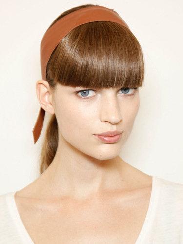 Самые популярные прически для модниц на весну-лето 20121