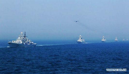 В рамках учений 'Морское взаимодействие-2012' начался парад боевых кораблей