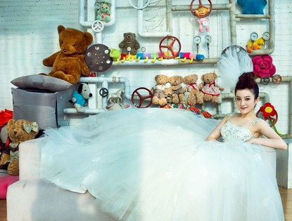 Свадебные фотографии актрисы Цзинь Мин