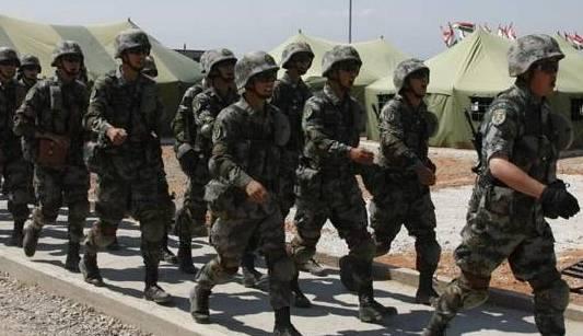 Китайские военные-участники учений ШОС 'Мирная миссия-2012' 1
