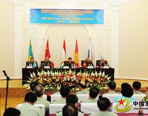 В Таджикистане состоялась церемония открытия совместных антитеррористических учений государств-участников ШОС 'Мирная миссия-2012'