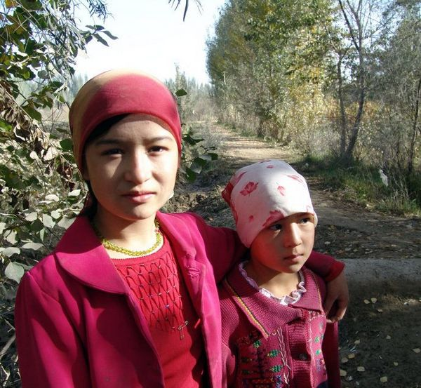 Красавицы в Синьцзяне 1