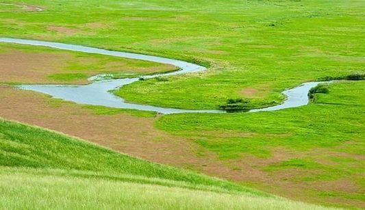Любование рекой Аргунь на китайско-российской границе