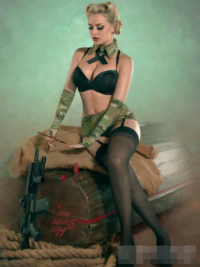 сексуальные военные женщины
