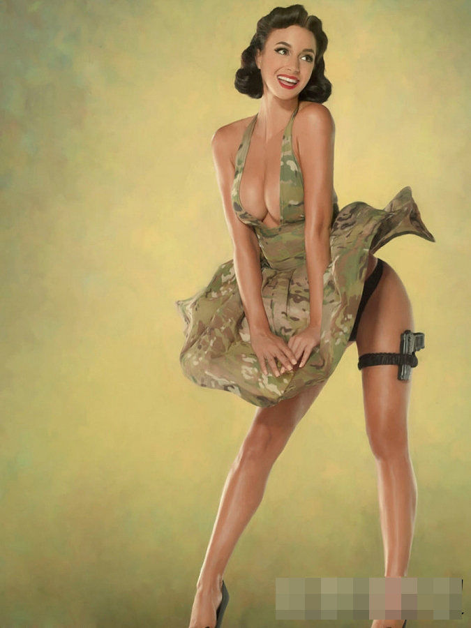 Сексуальные девушки в военном