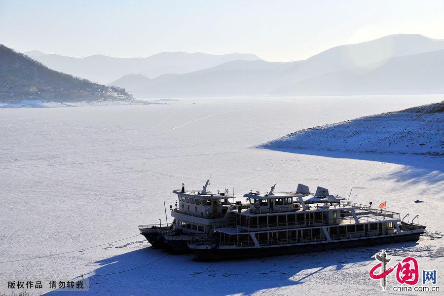 Зимняя красота озера Сунхуа