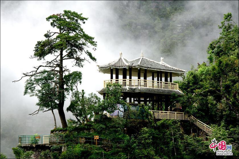 Горы Ляньхуашань Гуанси-Чжанского автономного района: собрание красоты известных гор