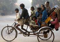 Фото: Трудная жизнь велорикш Индии
