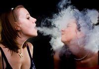 Фото: мгновения употребления наркоманами наркотиков