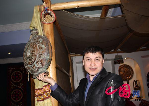 Жураев Урал: я желаю благополучия и счастья в каждой семье