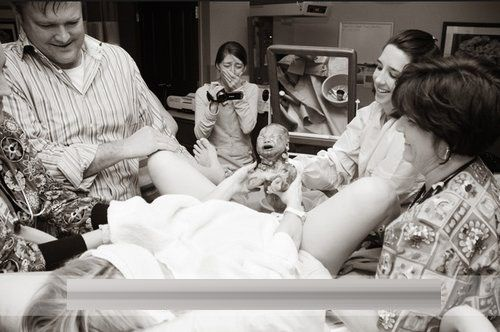Момент рождения ребёнка фото