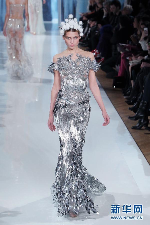 fe85a0993a42 Неделя моды в Париже  Показ коллекции Valentin Yudashkin осень-зима 2013  2014