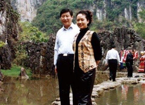 Британские СМИ: Пэн Лиюань будет сопровождать Си Цзиньпина в визитах и выступать с речью