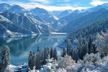 Горы Тянь-Шань и озеро Тяньчи