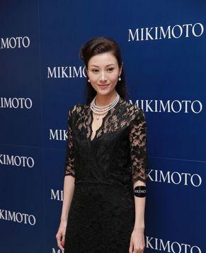 Красавица Ли Цзясинь