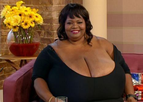 фото самай большой женскай груди