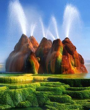 Рай на Земле: Гейзер в пустыне штата Невада