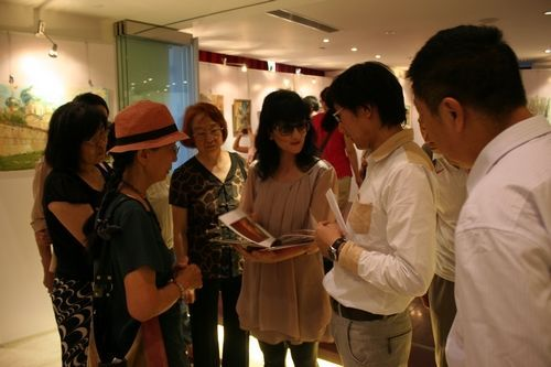 Открытие выставки картин под названием «Русское поле»
