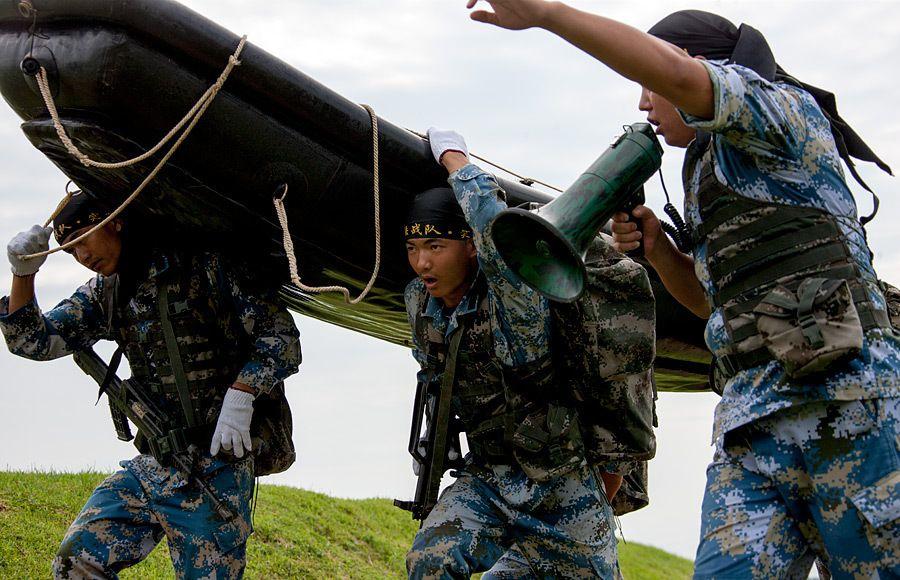 Фото: морская пехота НОАК