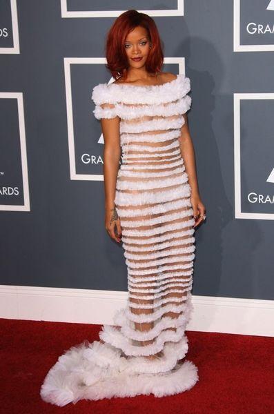 Звезды в прозрачный платьях фото
