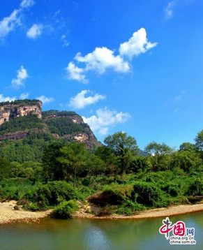 Тихая красота гор Уишань