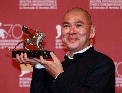 На 70-м Венецианском кинофестивале картина тайваньского режиссера Цай Минляна 'Бродячие псы' получила Гран-при жюри