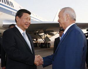 Си Цзиньпин начал государственный визит в Узбекистан