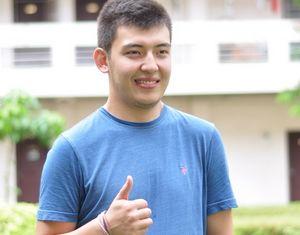Казахстанский студент из Хайнаньского университета удостоен награды за выдающийся вклад