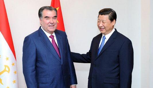 Состоялась встреча председателя КНР Си Цзиньпина и президента Таджикистана Эмомали Рахмона